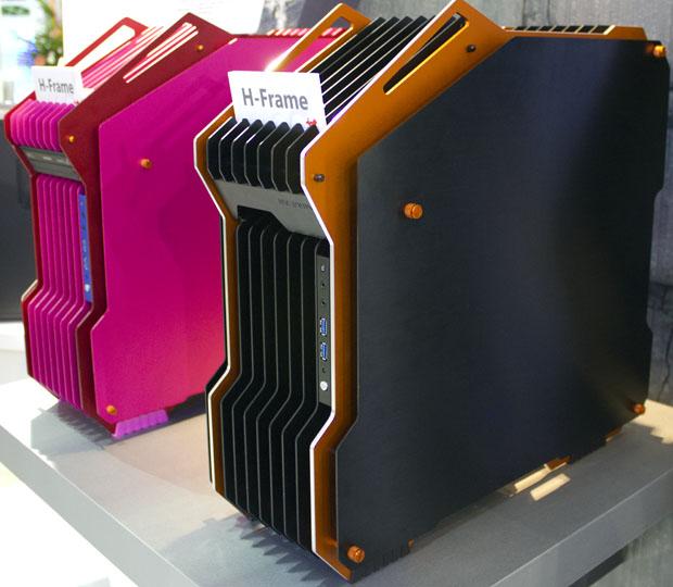 Computer Case Mods at Computex 2012 Case Mod 7