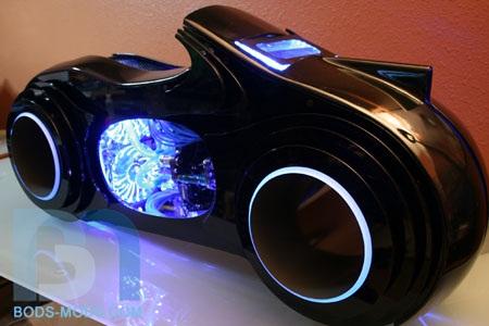 TRON Light Cycle Case Mod Boddaker, bods-mods, Case Mod, TRON Light Cycle 4