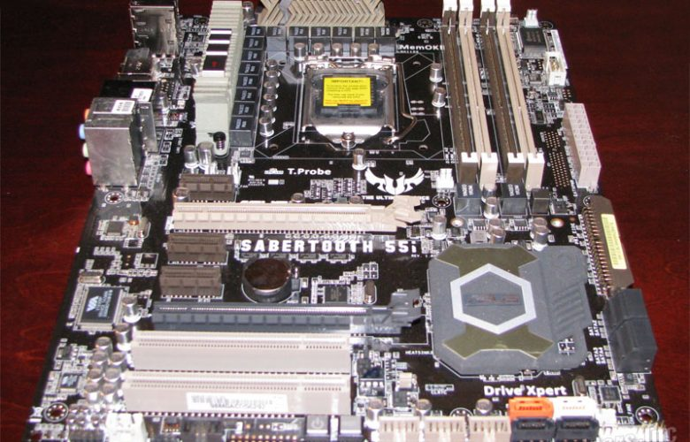 ASUS Sabertooth 55i Motherboard