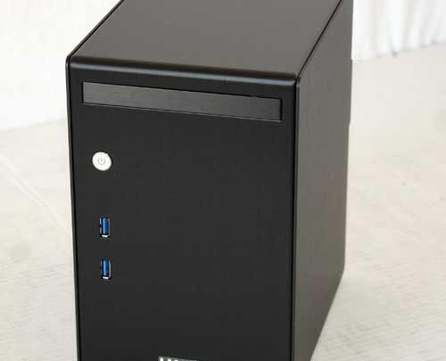 Lian Li PC-Q02 Mini ITX Case