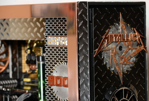 Photo of Unforgiven: A Metallica Tribute Case Mod