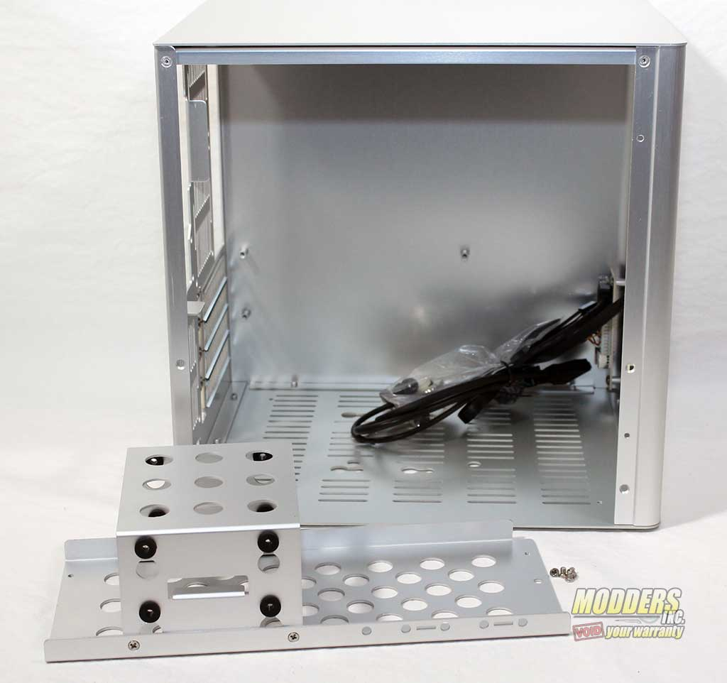 Rosewill Legacy V4-S Silver Aluminum Alloy Mini-ITX Cube Computer Case Inside View