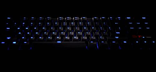 Tt eSPORTS POSEIDON ZX with full LED backlighting