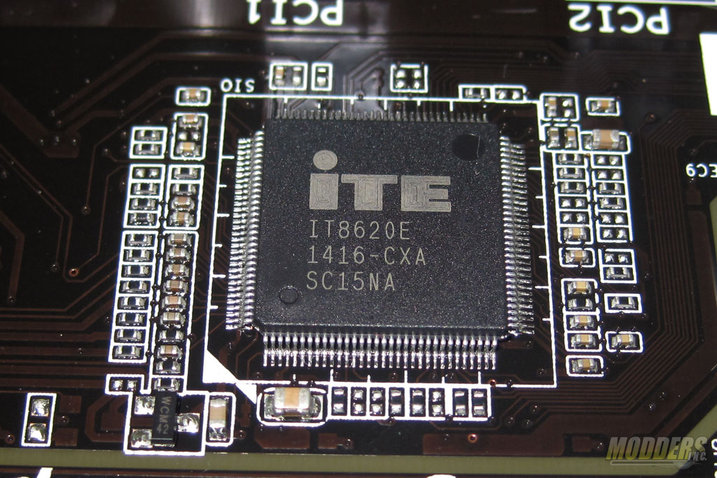 ITE 8620E Super I/O for PS/2 port and hardware monitoring