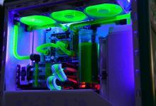 Green Molecule by Alex Ciobanu casemod, EKWB, fractal design 24