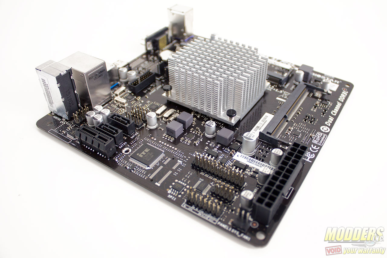 Biostar N3150NH Mini-ITX Motherboard Review: Passive Progressive