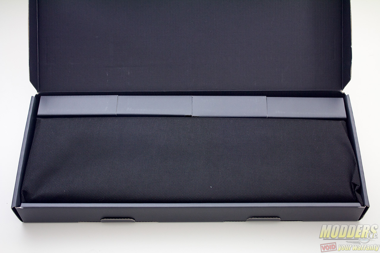 Cooler Master MasterKeys Pro L Keyboard Packaging