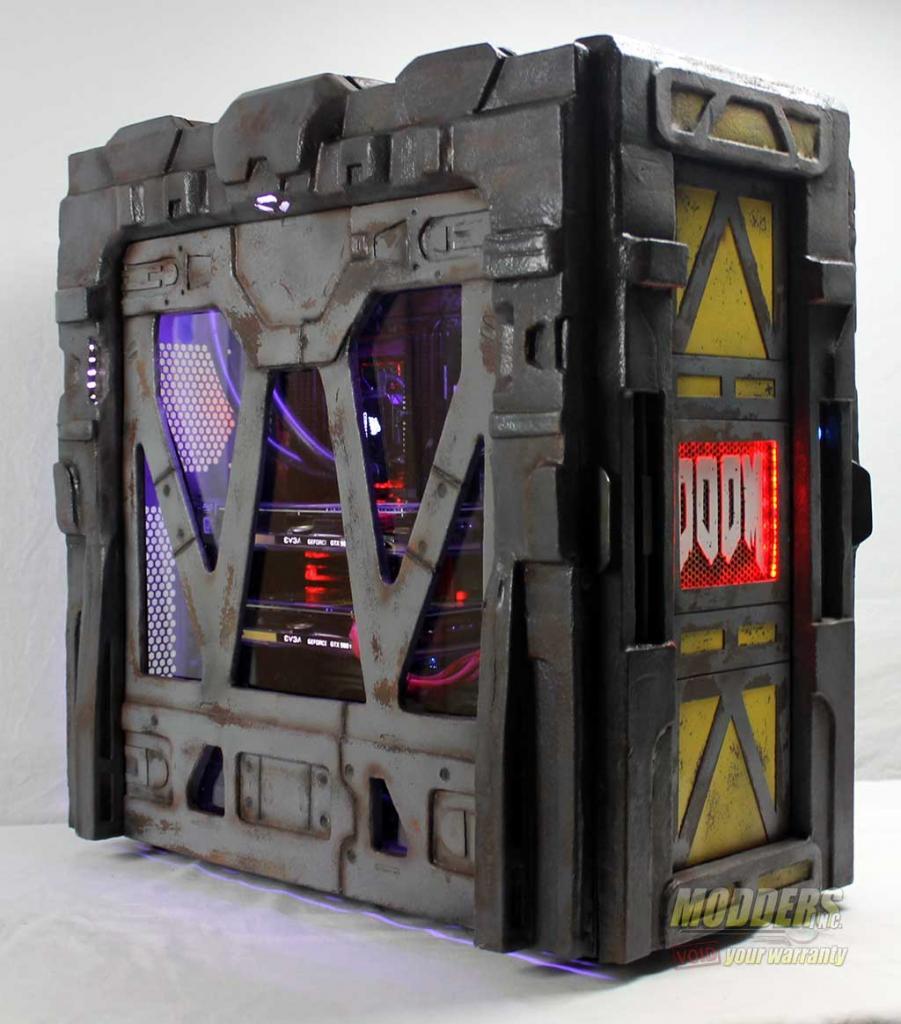 Modders-Inc-DOOM-Case-Mod-17