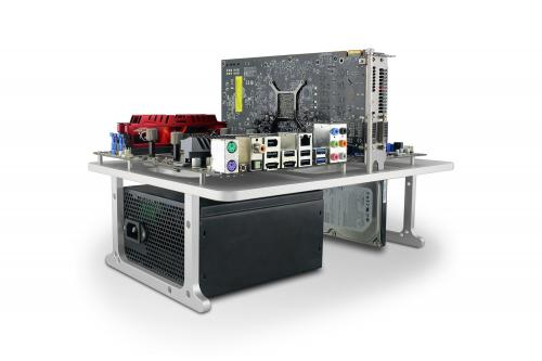 Streacom, HWBOT and OverclockingTV Team-Up to Develop New Benchtable aluminum, hwbot, LN2, overclocking, overclockingtv, streacom, table 1