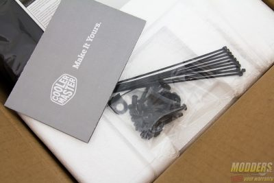 Cooler Master MasterCase 5 Canada Model Packaging