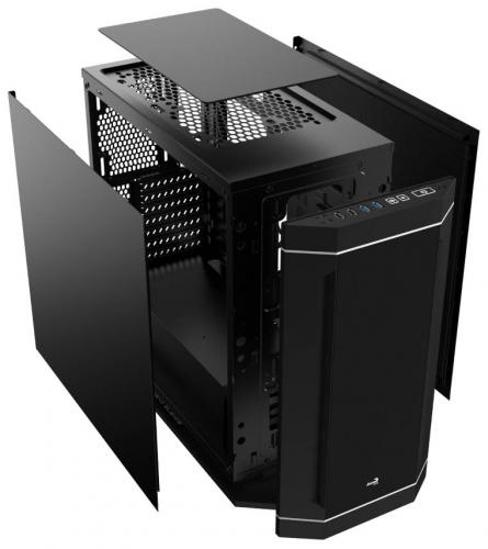 Aerocool DS-230 Case Debuts at Gamescom Aerocool, airbrush, blue horse studios, Case, custom, ds-230, rlc, ron lee christianson, skyrim 1