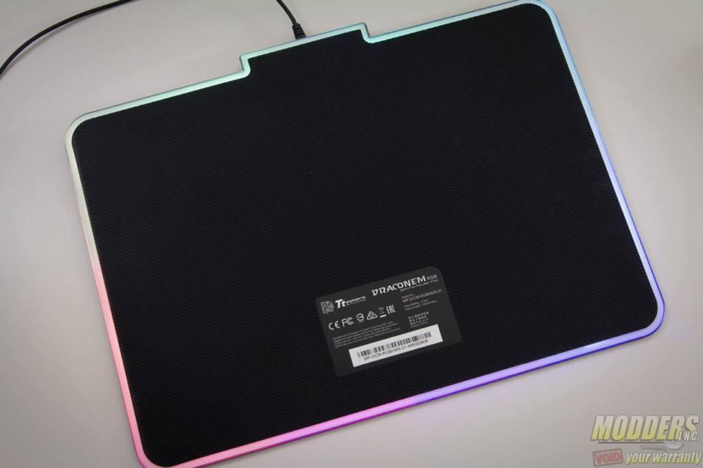 Tt eSPORTS Draconem RGB Gaming Mousepad Review
