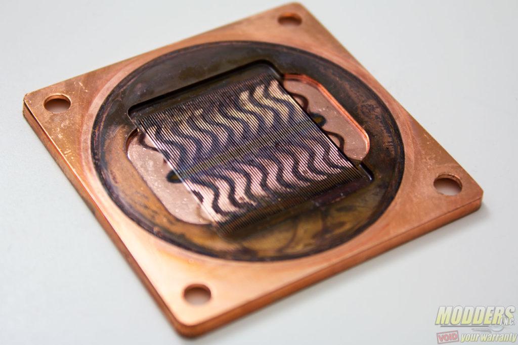 Alphacool Eisbaer 240 AIO CPU Cooler Review