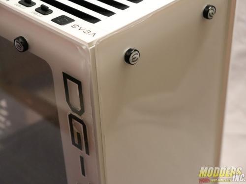 EVGA DG-77 Alpine White Midtower Review Case, EVGA, Gaming, midtower, tempered glass, vertical GPU, white 9