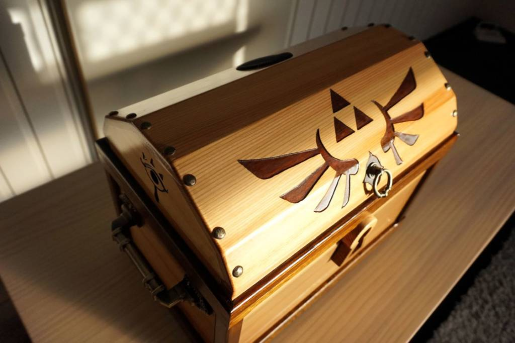 Case Mod Gallery Zelda Treasure Chest Gaming PC 21