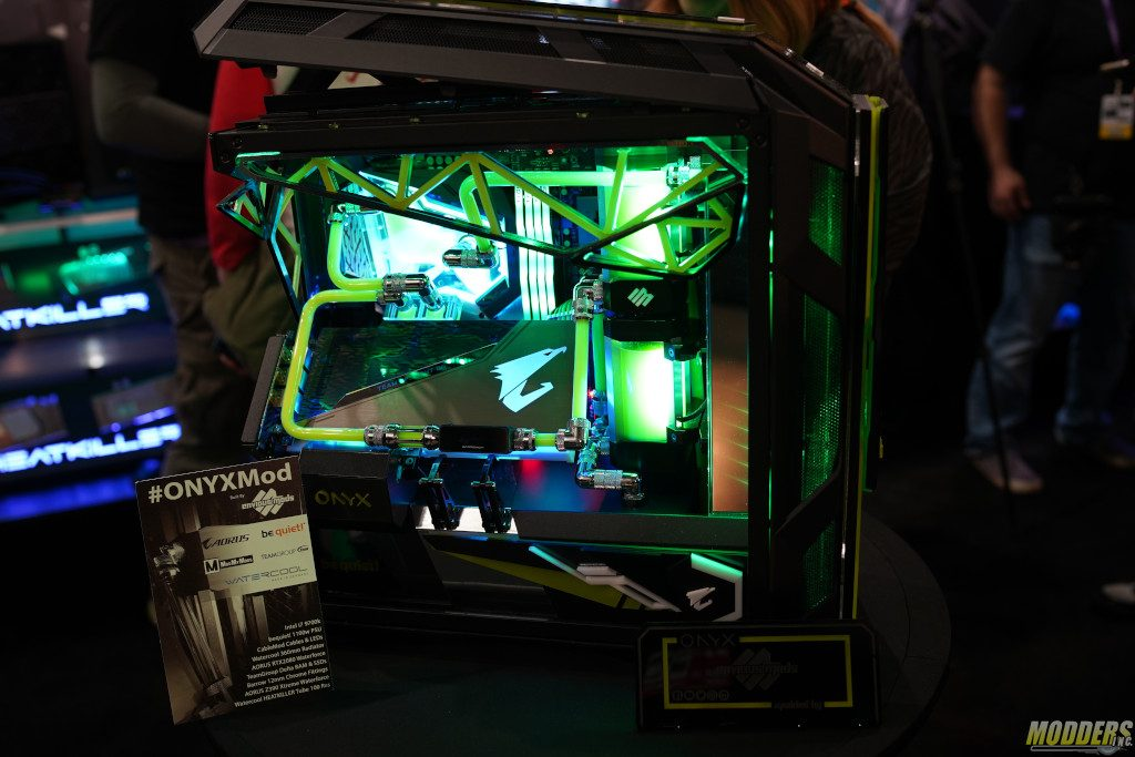 The Onyx Mod from Envious Mods. case modding, Cooler Master, PAX 4