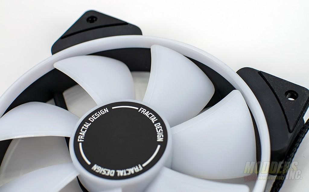 Fractal Design Prisma AL-12 RGB Fan Review aRGB fan, Case Fan, radiator, Water Cooling 4