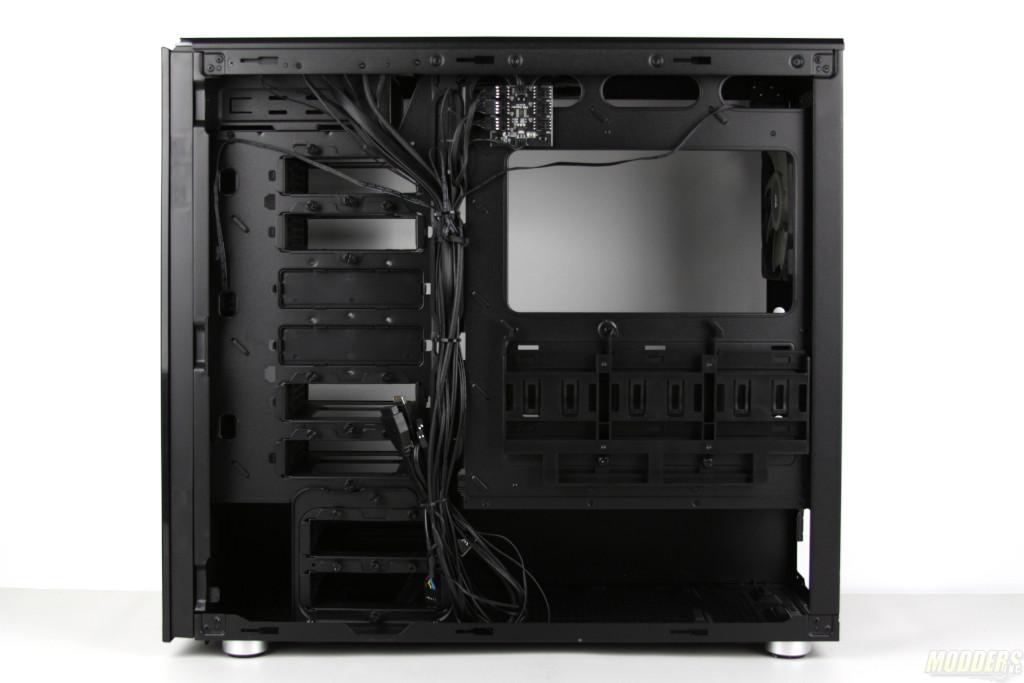 Corsair Carbide 678C Review: A Quiet Case with a Mission Carbide 678C, Corsair, Mid Tower Case, tempered glass 15
