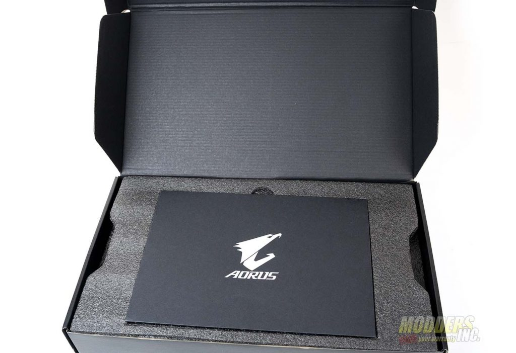 Aorus GeForce RTX 2080 Xtreme Waterforce Review DSC00379