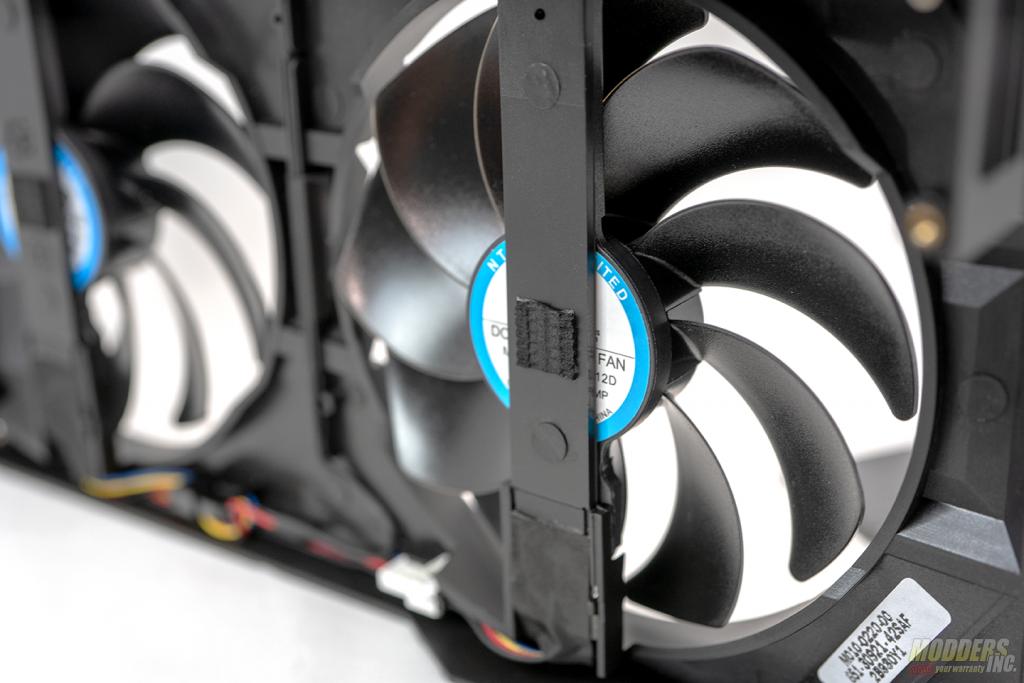 pulse 5700 XT fan 6