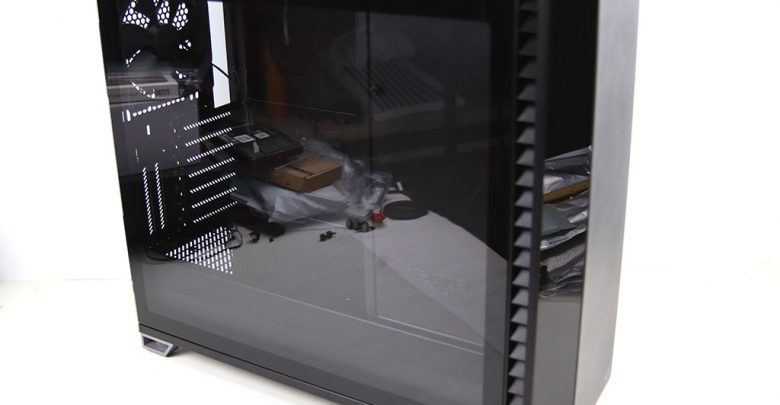 Photo of Fractal Design Vector RS BLACKOUT TG