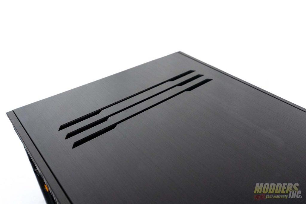 Dark Base Pro 900 back vent
