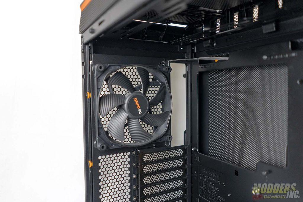 Dark Base Pro 900 exhaust Fan