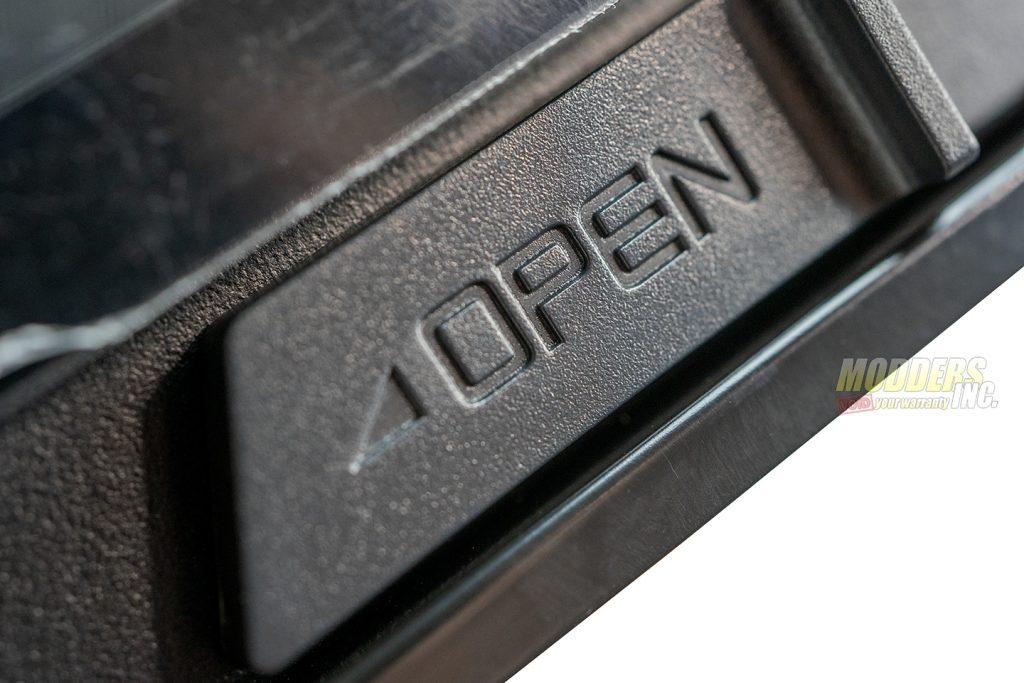 Antec P120 Crystal door switch