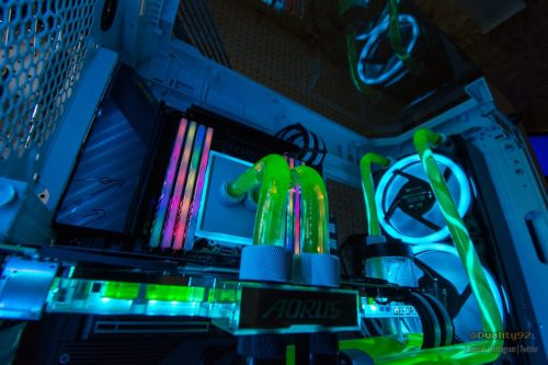 Aorus TRX40 Xtreme CES 2020 Case Mod Build 20191106 DSC 8142