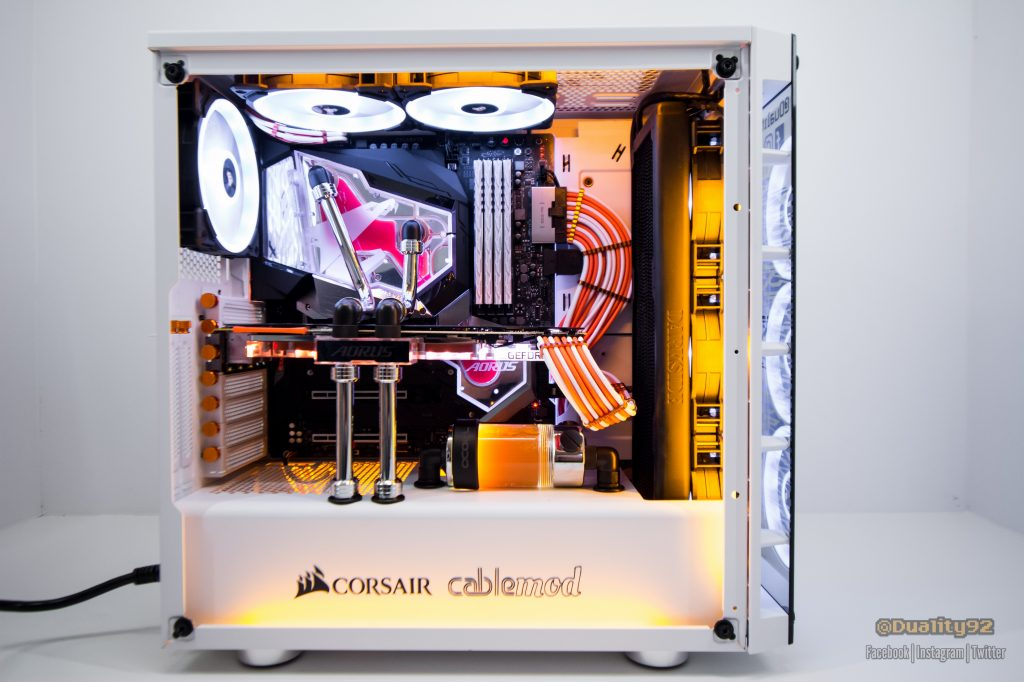 Aorus Z390 Waterforce CES 2020 Build 20191211 DSC 8187