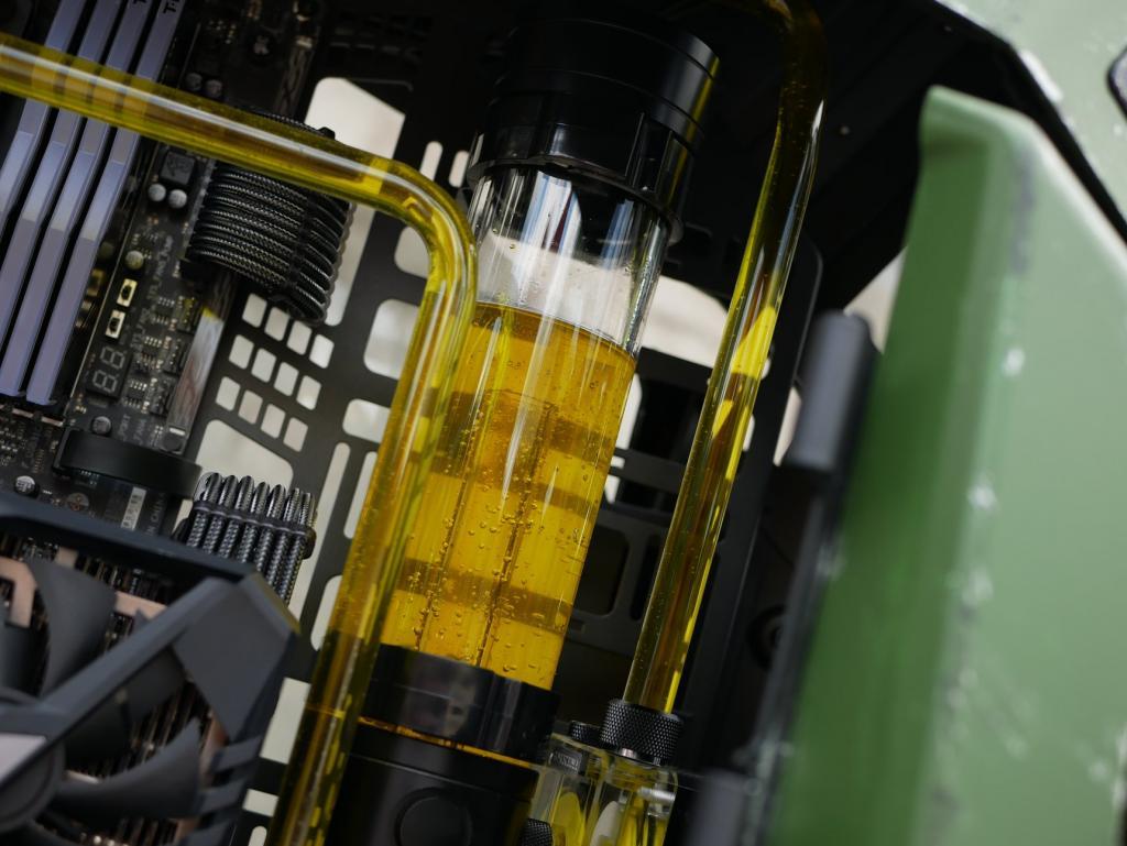 Thermaltake AH T600 Case Mod Apache - Case Mod Monday Case, Case Mod, case mod monday, Thermaltake 8