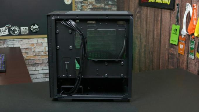 DeepCool Macube 110 right side panel off