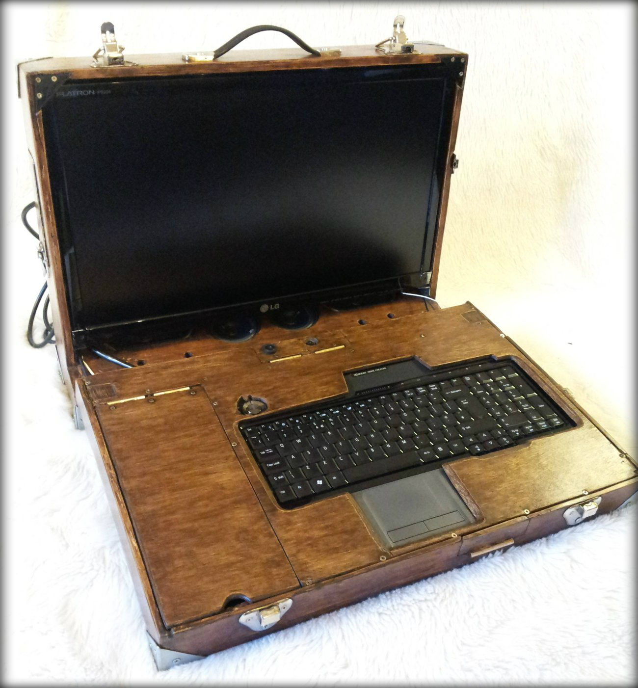 Wooden Travel Case Case Mod — Modders-Inc