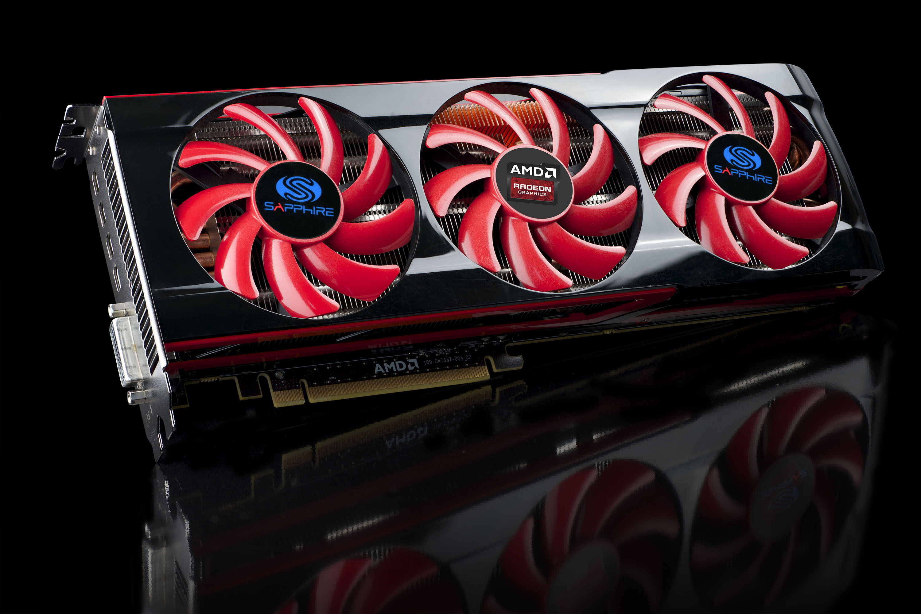 AMD and SAPPHIRE Releases The SAPPHIRE HD 7990 AMD, Sapphire, Video Card 4