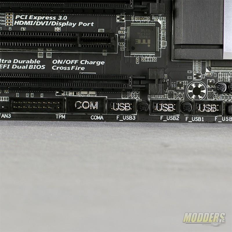 Gigabyte GA-Z87X-UD4H Motherboard
